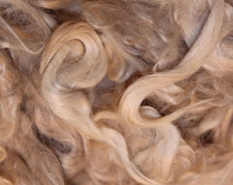 RAW 1 oz Suri Alpaca Unwashed Uncombed Doll Hair Pale Blond Soft Fine for Reborn Reroot Projects Short