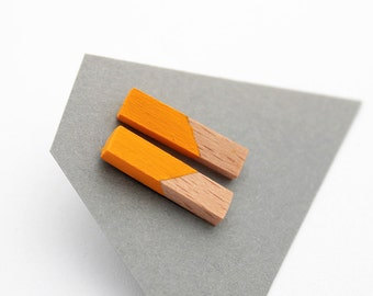 Geometric rod stud earrings - sunny yellow, natural wood - minimalist, modern hand painted wooden jewelry