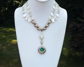 Art Deco Locket Necklace MOP Disc Beads Necklace Green Glass Center