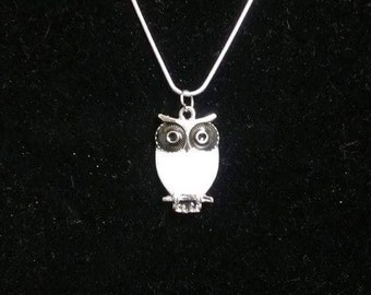 White Owl Pendant On a Silver Plated Snake Chain. Owl Pendant. Owl jewelry. Owl necklace. Animal jewelry. Animal pendant. Animal necklace.