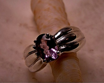 Sterling Silver Ring with Purple Amethyst RF119