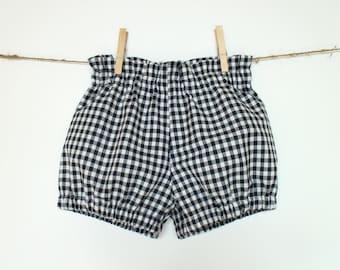 Girls bubble shorts Toddler girl shorts Black white gingham shorts Geometric checkered shorts Girls bloomers Girls summer clothes