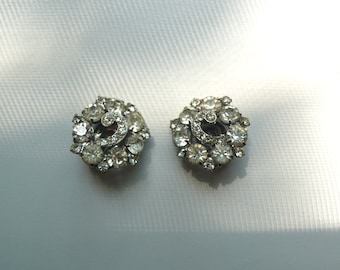 Vintage Weiss Clear Rhinestone Cluster Earrings | clip on