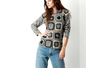 Vintage Granny Square Sweater / Wool / Knitted Sweater / Granny Blouse / Fitted Sweater / Size S