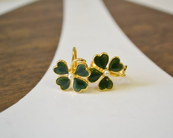 1950s Lucky Four Leaf Clover Screw Back Earrings