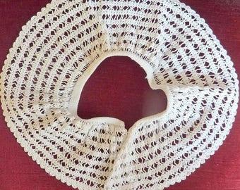 vintage collar white shape ring, handmade crochet