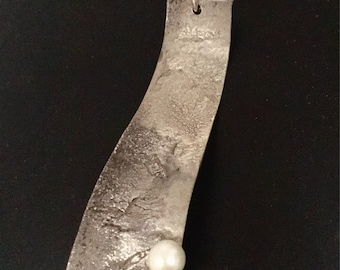 Sterling Silver & pearl asymmetric pendant