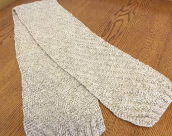Herringbone design hand knit scarf