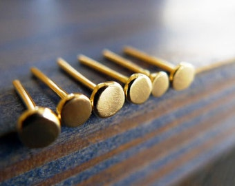 Nails. 14K Gold Unisex Single Stud Earring. Recycled Gold. Eco Friendly. Fine Jewelry. One Stud. Man Jewelry.