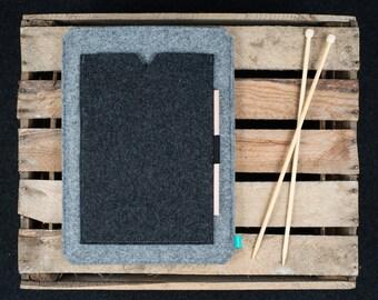 15 inch MacBook case, 12 MacBook sleeve, Lenovo Yoga Book case, felt case with pocket, Gopher