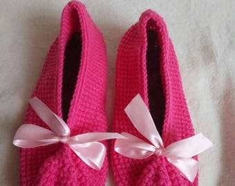 Crochet house slippers with decorative satin bow,house shoes,women ballet shoes with felt soles,gift for her,handmade flats,mother's day.