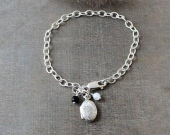 Silver Charm Bracelet, Tiny Locket Charm, Sterling Silver Bracelet, Vintage Oval Locket, Silver Chain Bracelet, Silver Photo Locket Charm