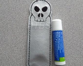 Skull lip balm holder