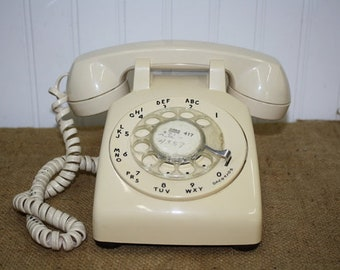 Bell Systems Rotary Desk Phone - Off white - item #2934