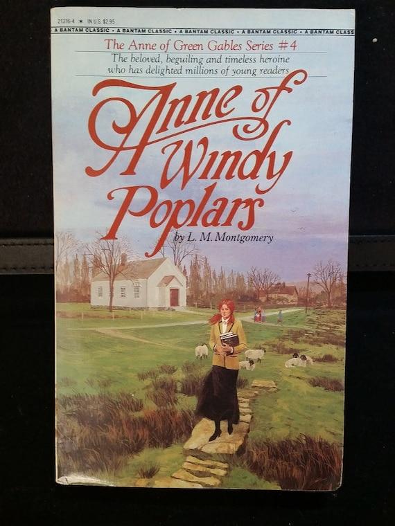 Anne of Windy Poplars ( Anne of Green Gables Novels #04 )