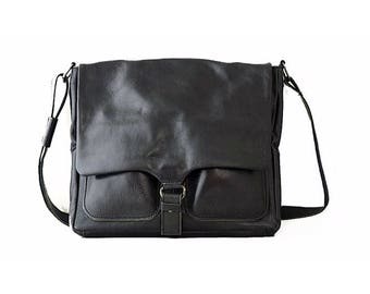 Detroit, Real Leather Men's Black Messenger Bag