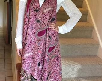 Shawl Vest Pink Paisley