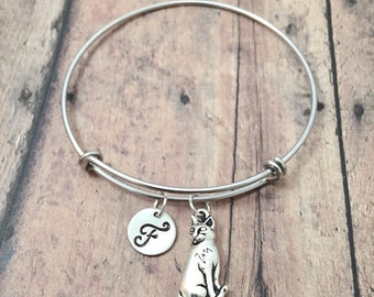Cat initial bangle - cat jewelry, feline jewelry, cat bracelet, pet cat jewelry, silver cat pendant, cat bangle, cat initial bracelet