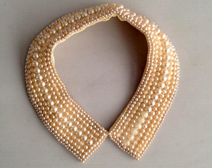 1950s faux pearl collar