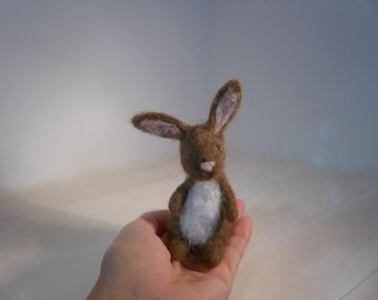 Needle Felted Animal, Needle Felted Bunny, Needle Felted Rabbit, Felt Rabbit, Wool Bunny Rabbit, Miniature Bunny, Collectible Bunny