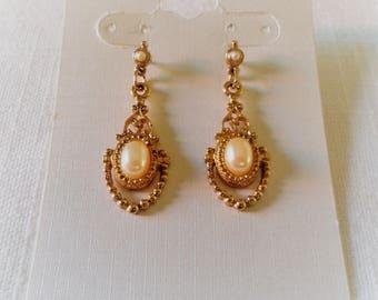 Vintage Gold Tone Faux Pearl Post Pierced Earrings