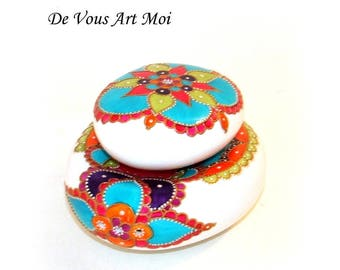 """Bohemian """"collection Bohemian"""" hand painted porcelain salt and pepper shakers Pebble"""