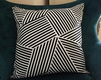 Black and white pillow cover ,black white striped pillow cover ,black white Ikat pillow cover ,for sofa pillow cover