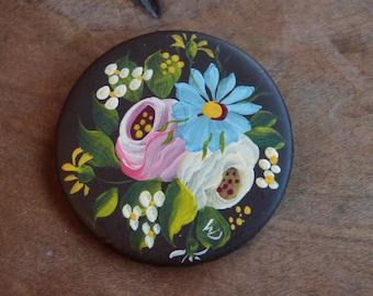 Dutch Hand Painted Art Flower Brooch Pin