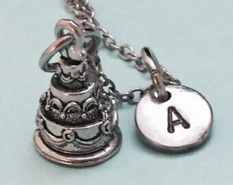 Wedding cake necklace, wedding cake charm, wedding personalized necklace, food necklace, initial charm, initial necklace, monogram, cake