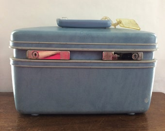 Vintage Samsonite Profile Blue Train Case With Key Luggage Travel Makeup Case Hard Shell Mirror