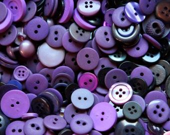 Buttons - Supplies - 100 Purple Buttons, Purple Violet Vintage Button Lot, 100 Violet Buttons, 100 craft Buttons