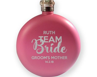 Engraved HEN BACHELORETTE hip flask gift, Team Bride - mother of the groom - 5PK-HENT9