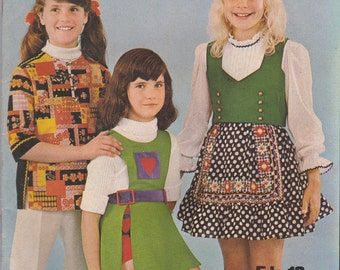 Enid Gilchrist - Girl's Gear Simple Sewing Designs - for Girls - Vintage 1970s - Aged 5 to 12 years
