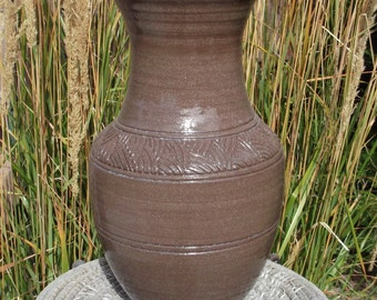 Vase with carvings in classic shape - Handmade Pottery