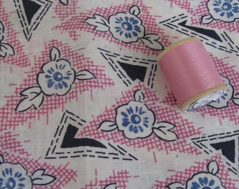 Antique Vintage Quilt Feedsack Fabric Bundle Scraps Novelty Pink Floral  & Spool of Thread