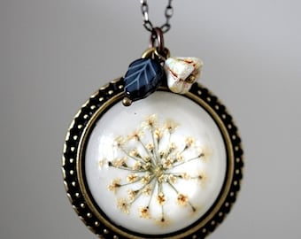 ANETHUM necklace real flowers