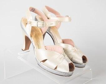 38fcc7a0c40bcb Vintage 1930s 1940s Shoes