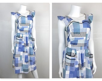 Vintage 1940s - 1950s Cotton Pinafore Dress / Shades of Blue and White / Summer Picnic, Backyard Barbecue, BBQ / Fourth 4th of July, Sz M