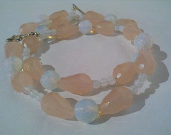 Necklace Crystal, opalite, rose, romantic Pearl necklace, bohemian necklace Bridal, thin, delicate
