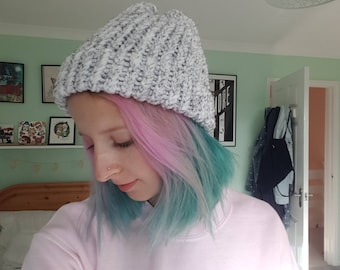 Speckled White Knitted Beanie Hat