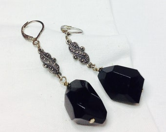 osO TRISTAN Oso chunky black glass earrings