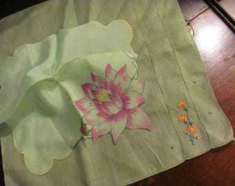 Pair Hankys...Oh so Pretty, Two Vintage Green Hankies, Handkerchief