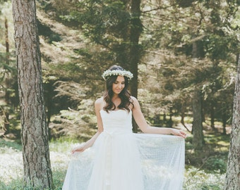 Sample Sale//Liona//wedding dress bridal gown from lace vintage Boho//light & lace wedding dress