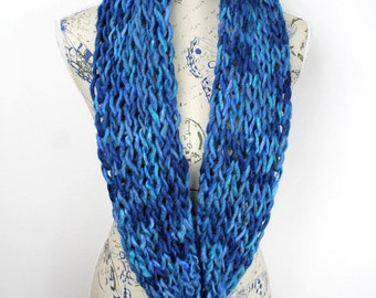 Blue Snoods for Women Winter Scarves for Women Knit Infinity Scarf Chunky Knit Scarf Blue Gift for Mom from Daughter from Husband from Son