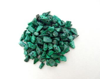 25 natural malachite gemstone chips