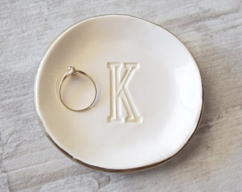 PERSONALIZED RING DISH initial letter ring dish, gold rim ring holder monogram ring dish, bridesmaid gift silver ring tray wedding ring dish
