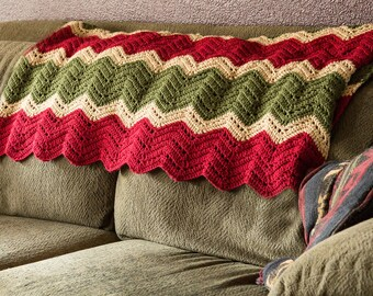 Throw blanket, Rustic decor, Gift for her, Crochet blanket, Housewarming gift, Lap blanket, Home decor, Wedding gift idea, Rustic home, Knit