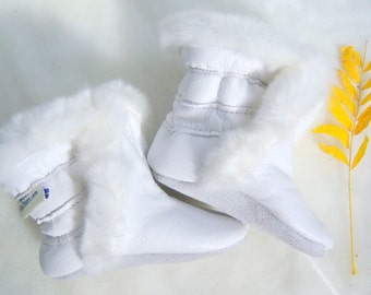 winter baby boots in white leather -leather winter booties - warm winter leather boots - winter booties - handmade baby boots