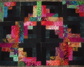 Set of 12 Presewn Individual Log Cabin Quilt Blocks Westminster Designers  8.5 inches..