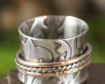 French Countryside Spinner Ring with14K  Gold